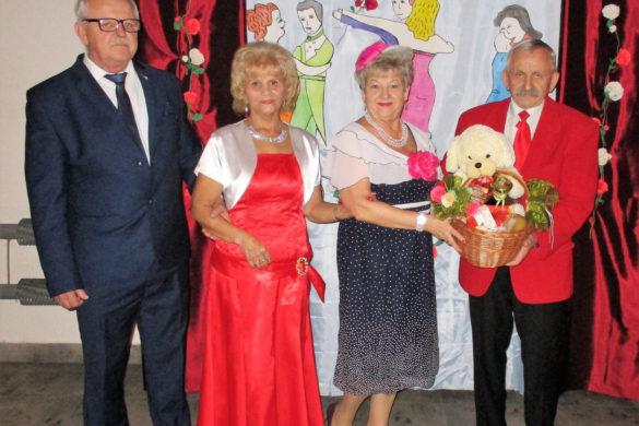 """Relacja Klub Seniora """"Ustronie"""": Bal Andrzejkowy"""