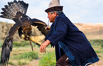 Zdjęcie Podróże bliższe idalsze: Kirgistan -konno ipieszo przez Niebiańskie Góry