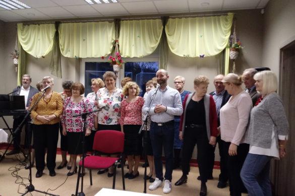 """Relacja Dzień Kobiet wKlubie Seniora """"Rawka"""""""